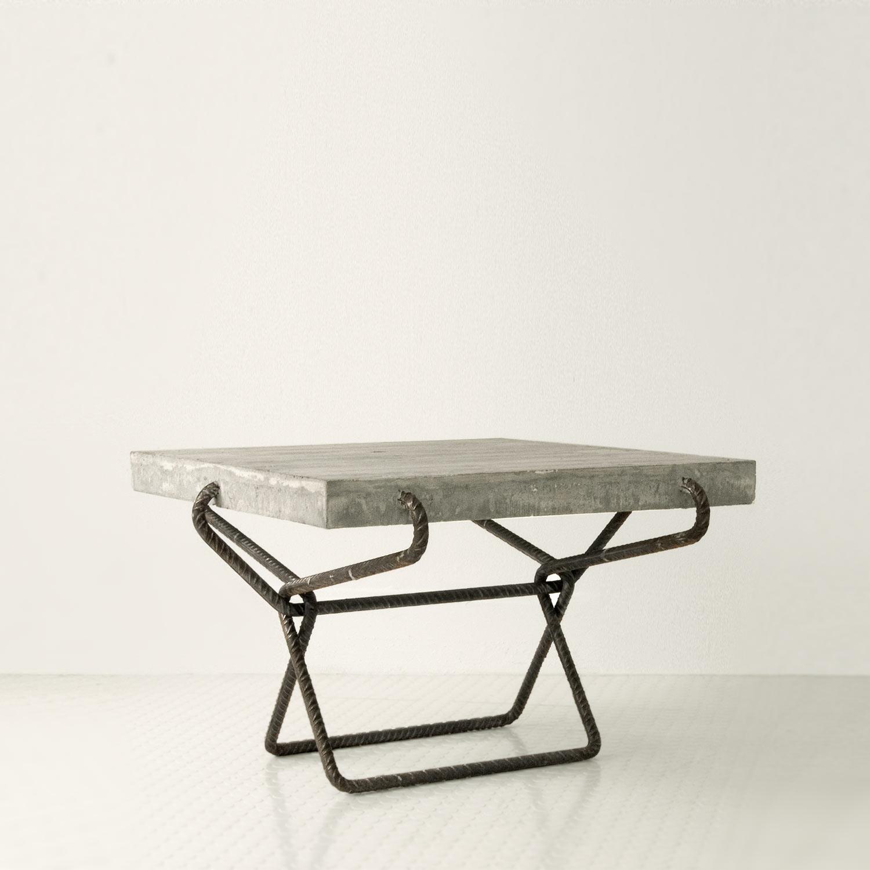 beton tisch bartok